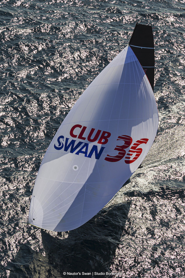 Clubswan 36