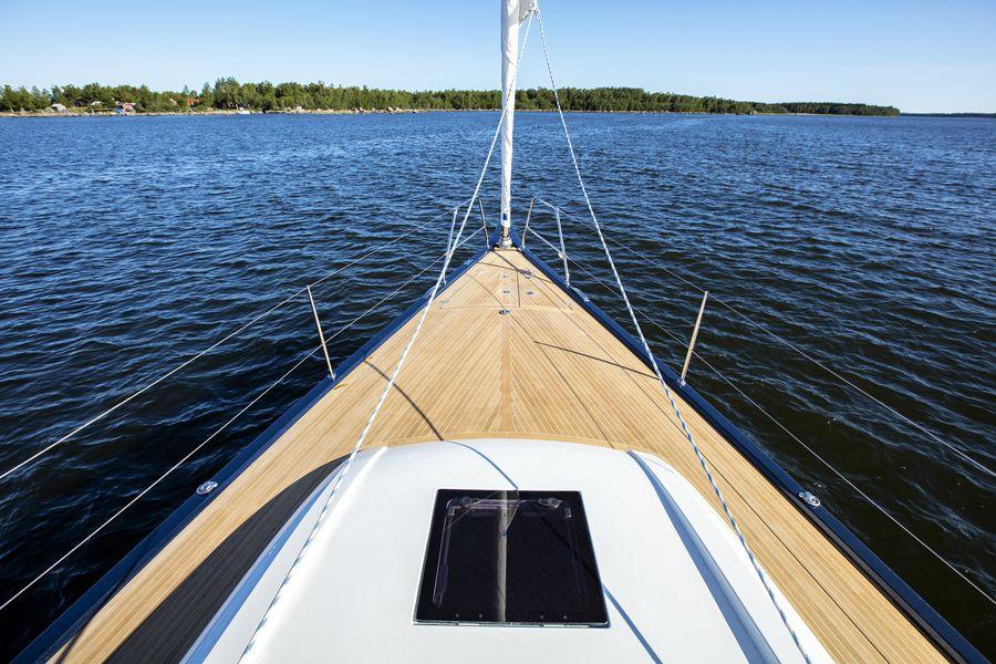 Swan 48 navigazione prua
