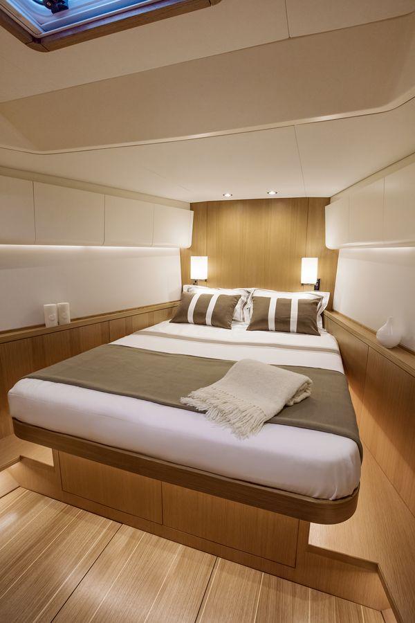 Swan 48 salone cabina
