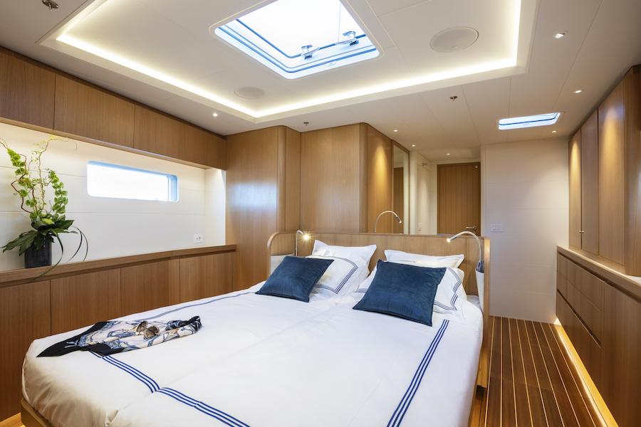 Swan 78 cabina