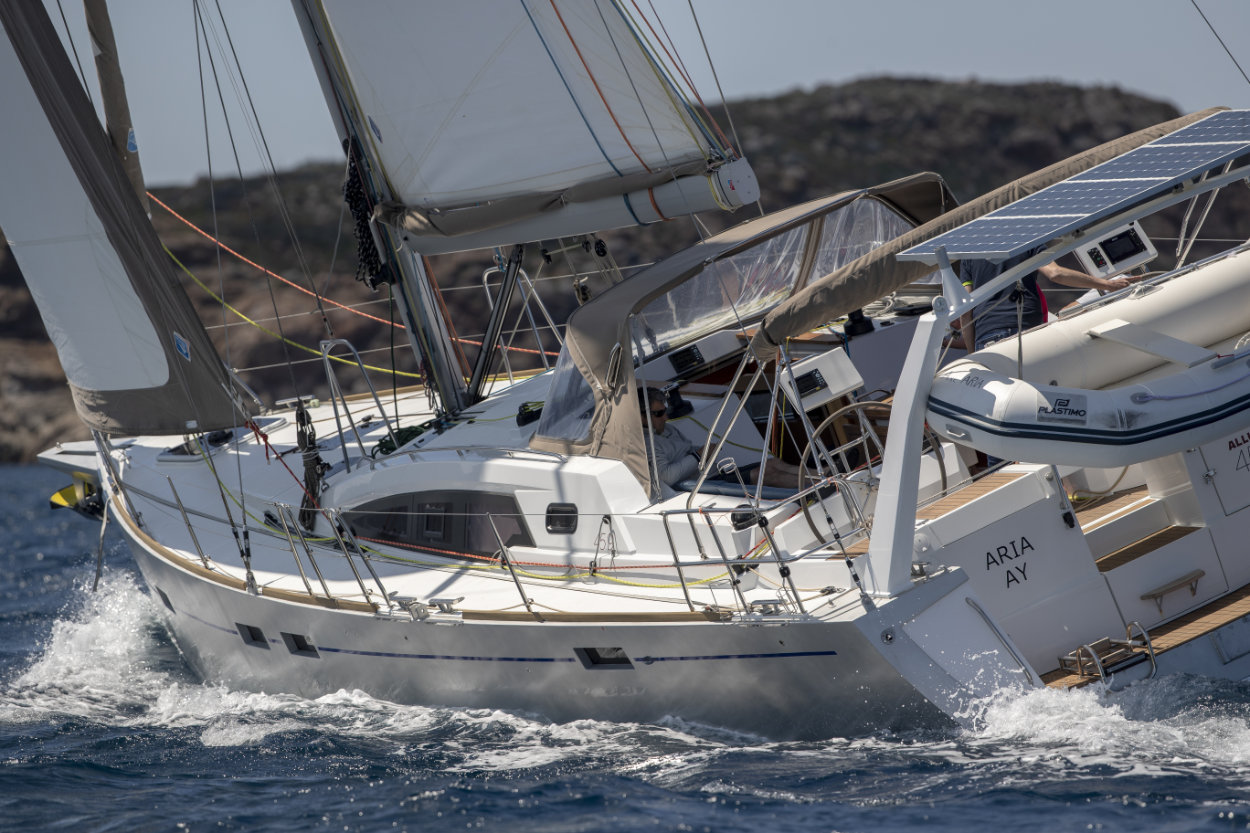 Allures Yachting - 45.9_1