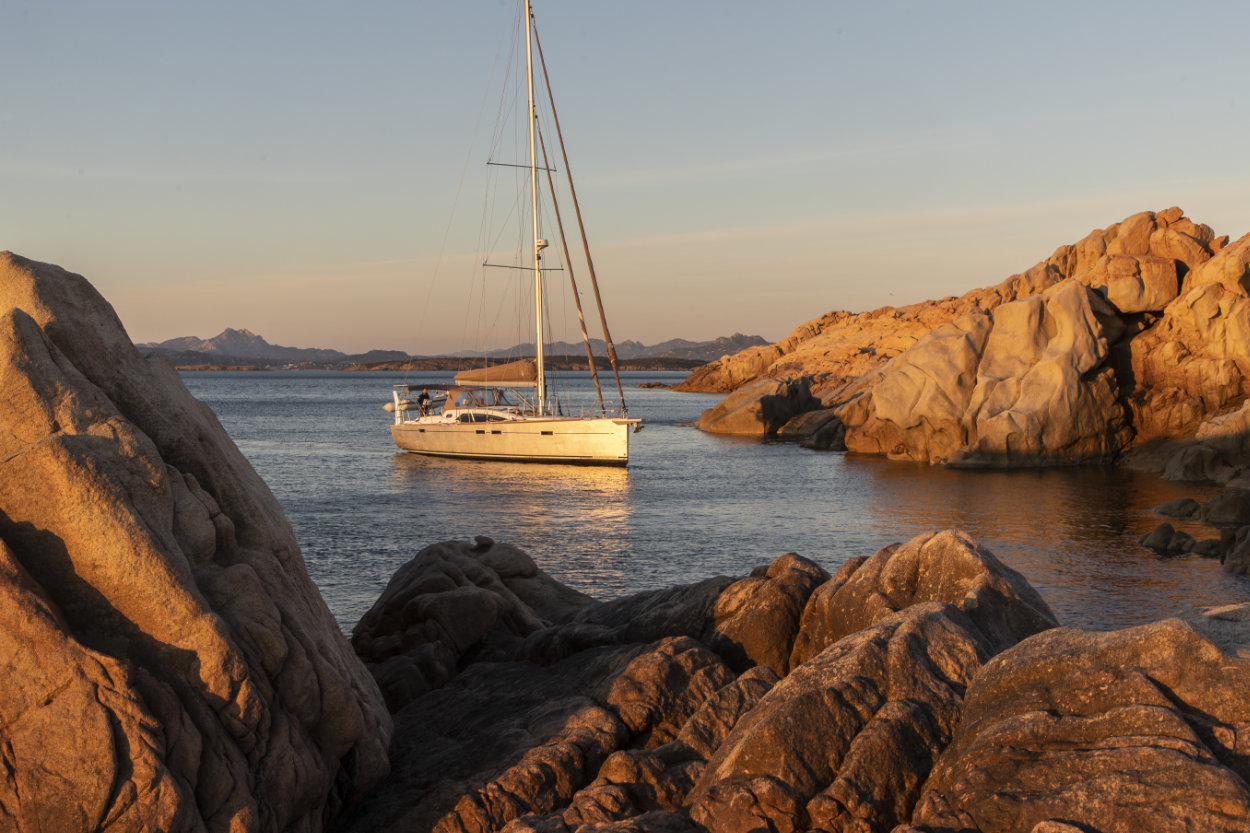Allures Yachting - 45.9_5