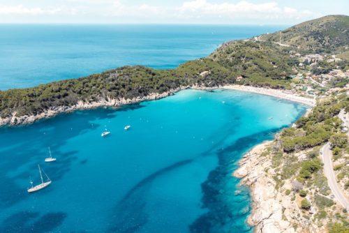 Charter in barca a vela all'Elba e nell'Arcipelago Toscano