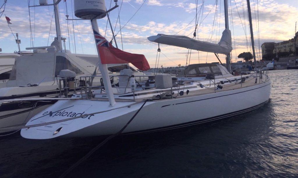 Swan 608
